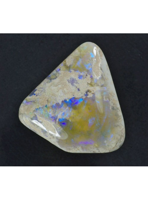 Precious Opal - Australia 19x16mm