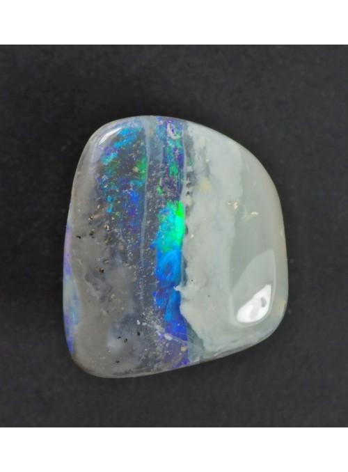 Drahý opál z Austrálie 18x5mm