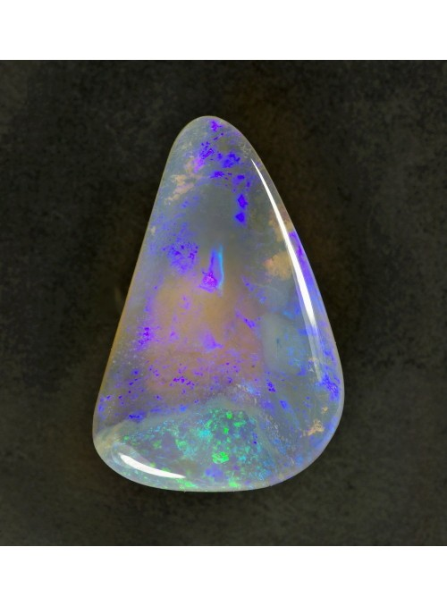 Precious Opal - Australia - 22x16mm