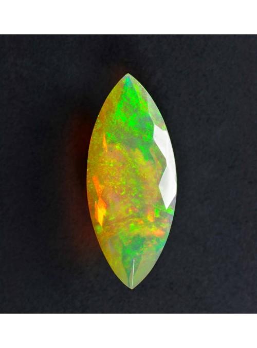 Etiopský opál  s fasetovým výbrusem 14x8mm