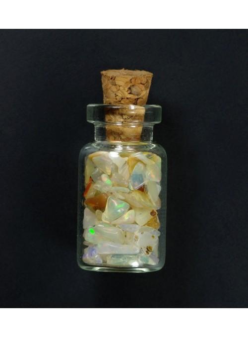 Lahvička s drahými opály