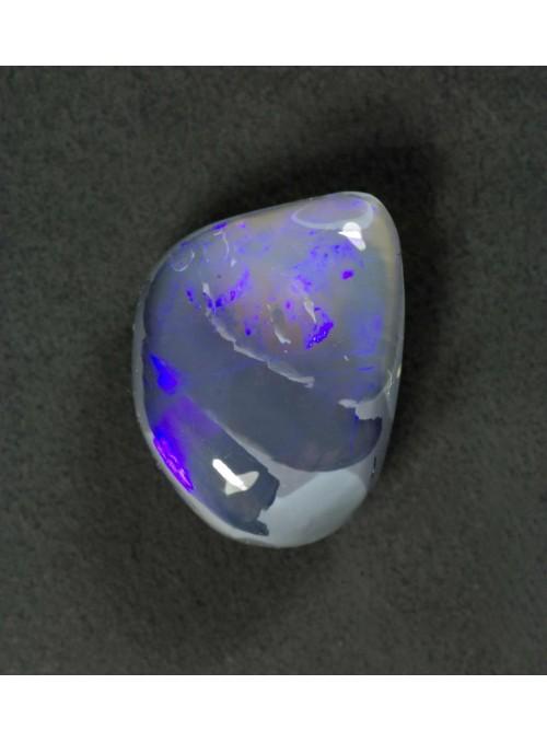 Precious Opal - Australia 7x6mm