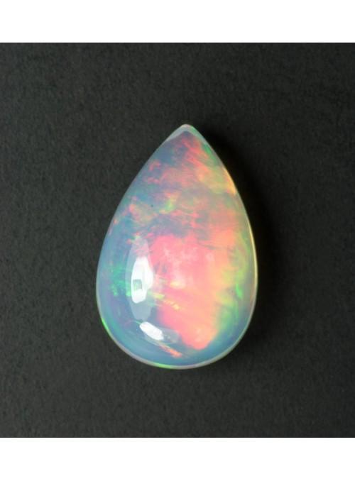 Drahý opál z Etiopie 9x7mm