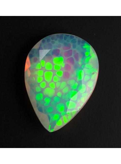 Drahý opál z Etiopie 13x8mm