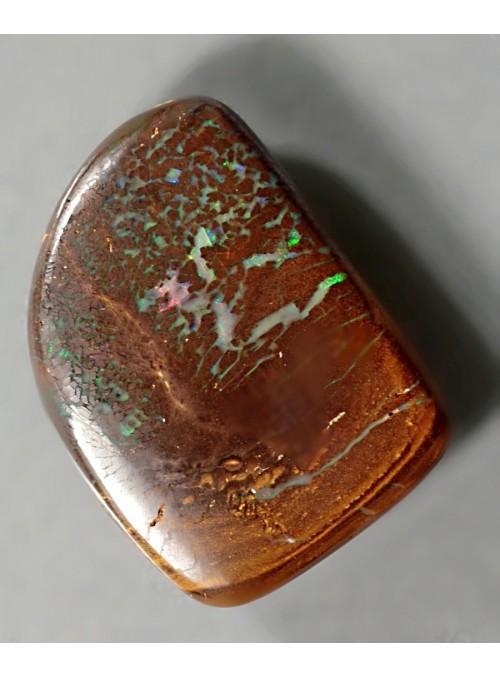 Boulder matrix opál s barvoměnou z obou stran