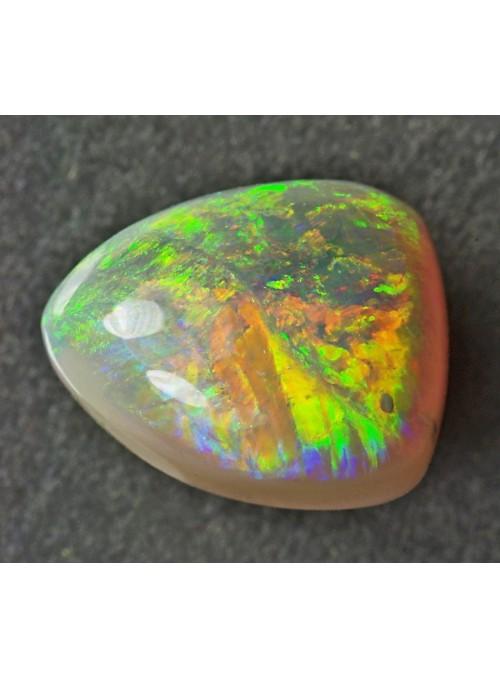 Nádherný drahý opál z Austrálie
